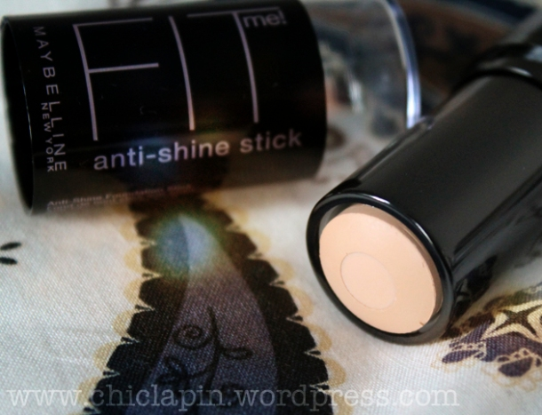 Maybelline Fit Me! Anti shine stick foundation review, pictures, swatches. Reseña, fotos, opinión www.chiclapin.wordpress.com